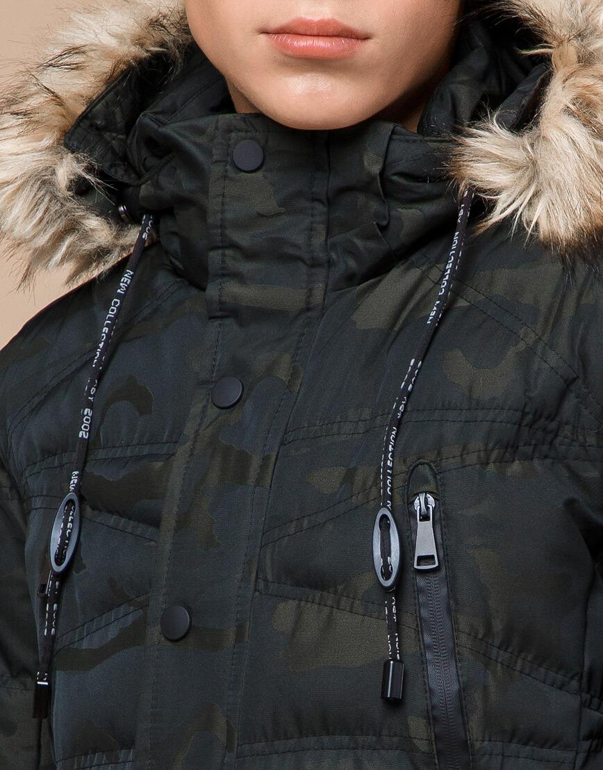 Стильная дизайнерская темно-зеленая молодежная куртка модель 25450 фото 5