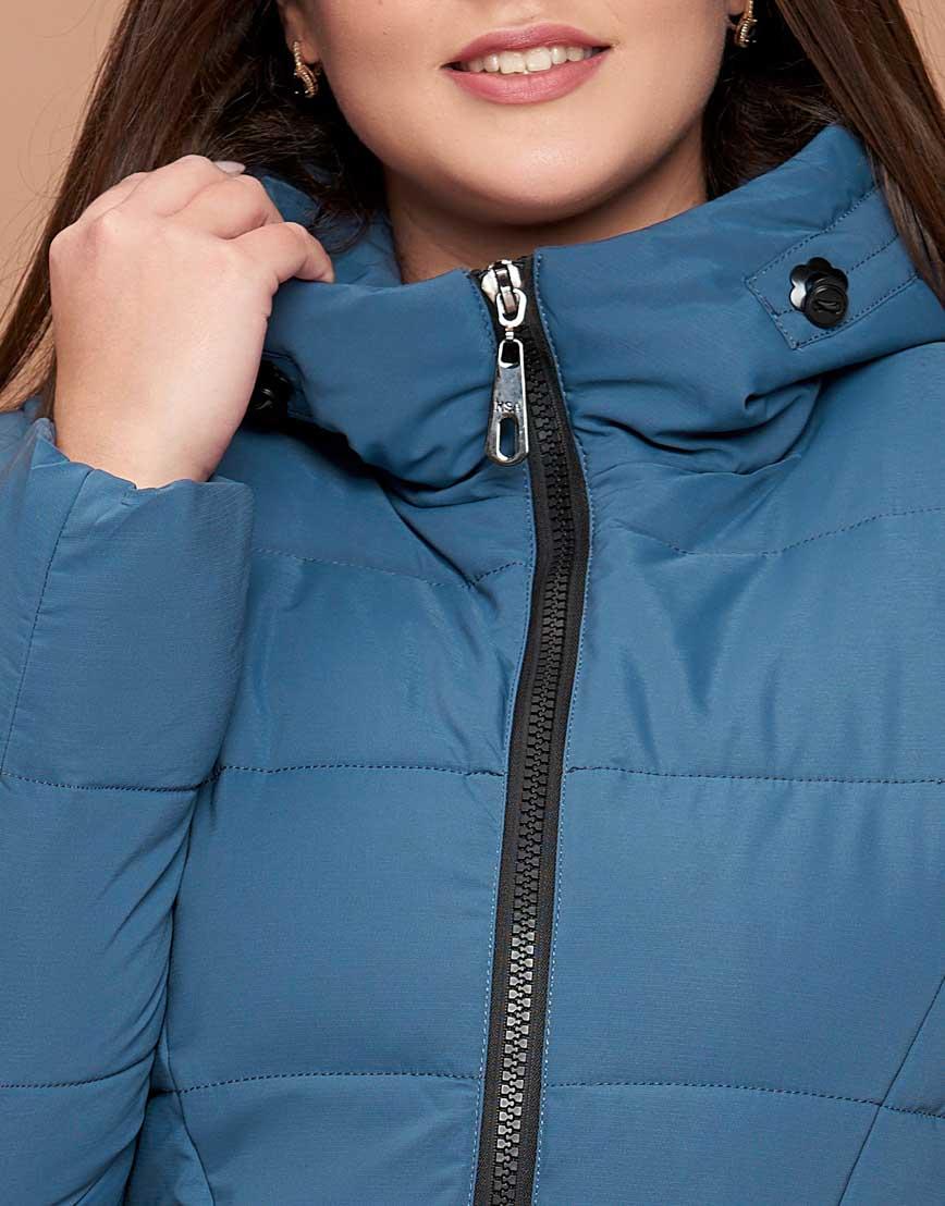 Темно-голубая куртка женская большого размера брендовая модель 25525