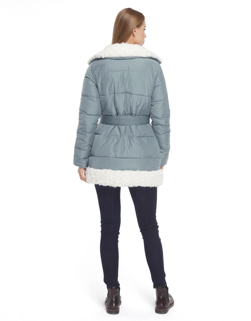 Голубая куртка с карманами женская модель 5153