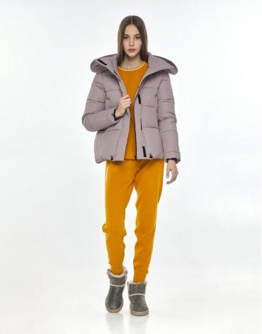 Женская комфортная куртка Vivacana пудровая 9742/21 фото 1