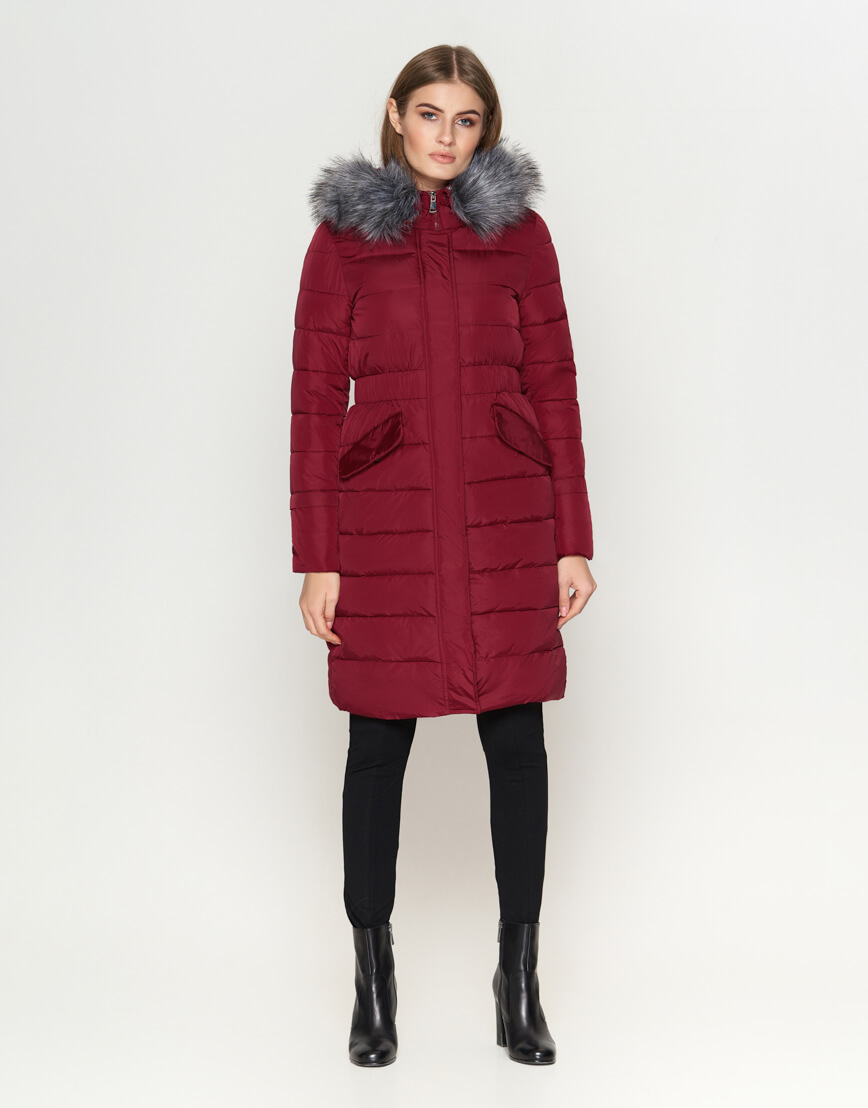 Трендовая женская куртка бордовая модель 8606 фото 2