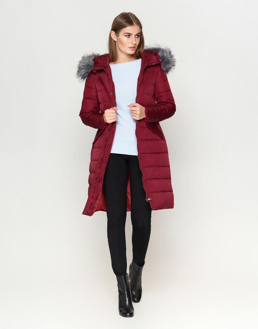 Трендовая женская куртка бордовая модель 8606 фото 1