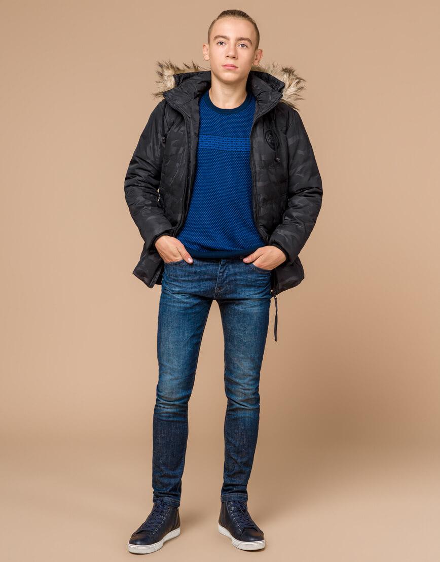 Черная практичная дизайнерская куртка подростковая модель 25310 фото 2