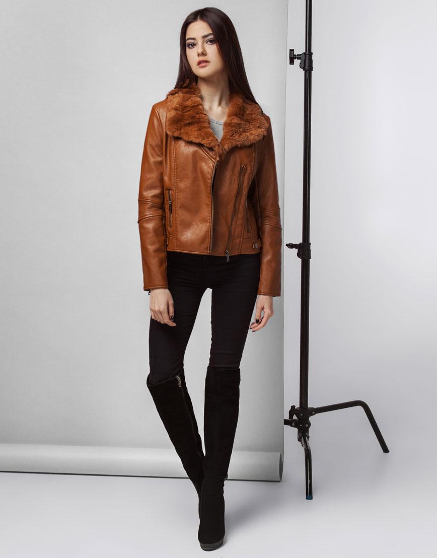 Коричневая осенне-весенняя женская куртка модель 25522 фото 2