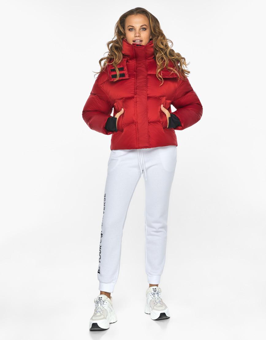 Куртка пуховик Youth женский трендовый рубиновый модель 27450 фото 5