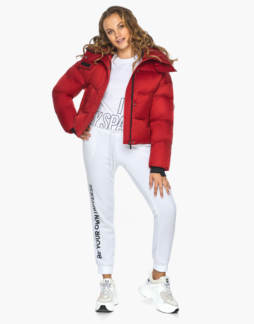 Куртка пуховик Youth женский трендовый рубиновый модель 27450 фото 4