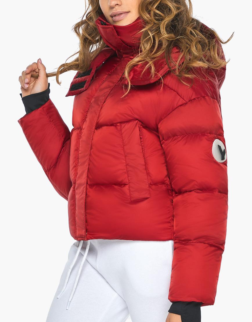 Куртка пуховик Youth женский трендовый рубиновый модель 27450 фото 8