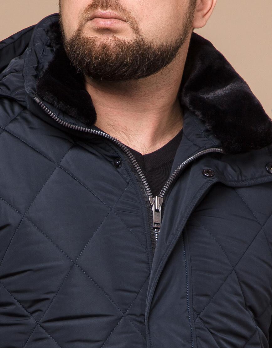 Темно-синяя зимняя куртка с капюшоном модель 19121 фото 4
