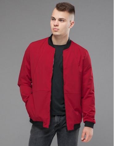 Куртка бомбер красная оригинального дизайна модель 43755