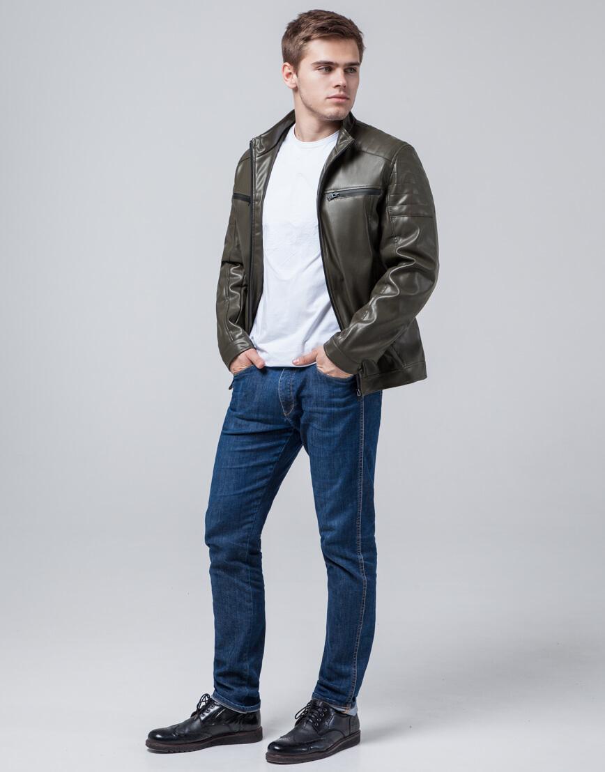 Практичная молодежная куртка цвета хаки модель 3645