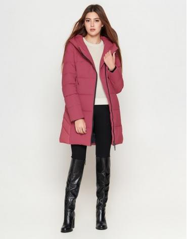 Женская розовая куртка с капюшоном модель 25085