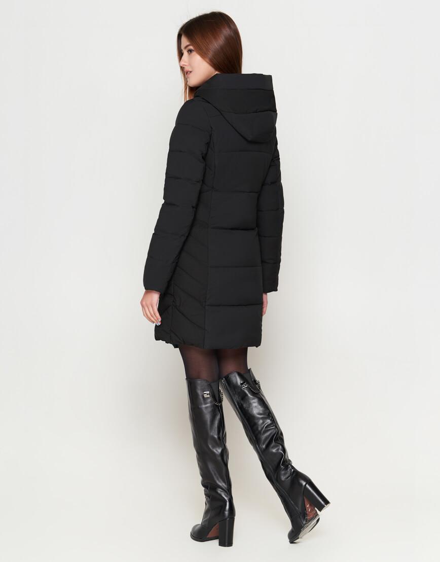 Молодежная женская оригинальная куртка черного цвета модель 25395