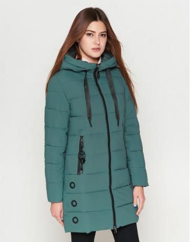 Куртка женская утепленная зеленого цвета модель 25125