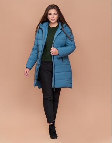 Темно-голубая женская зимняя куртка большого размера модель 25225