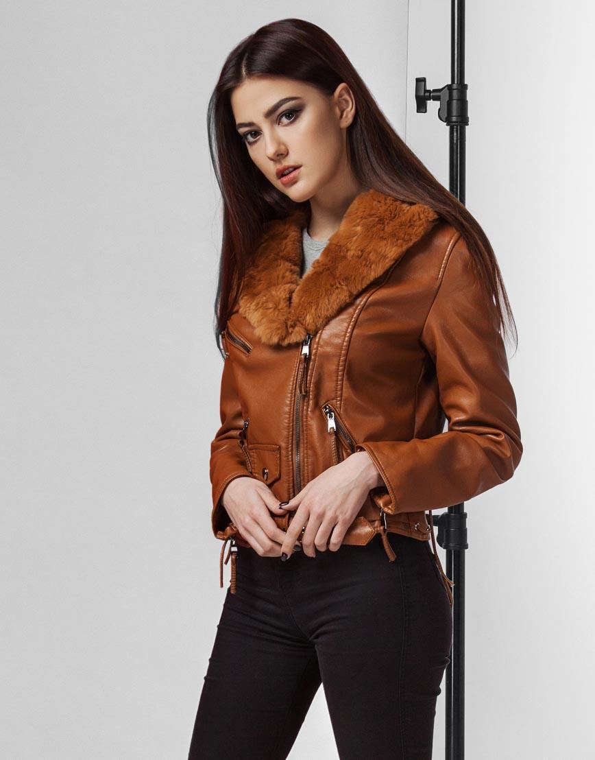Современная женская коричневая куртка модель 25692 фото 1