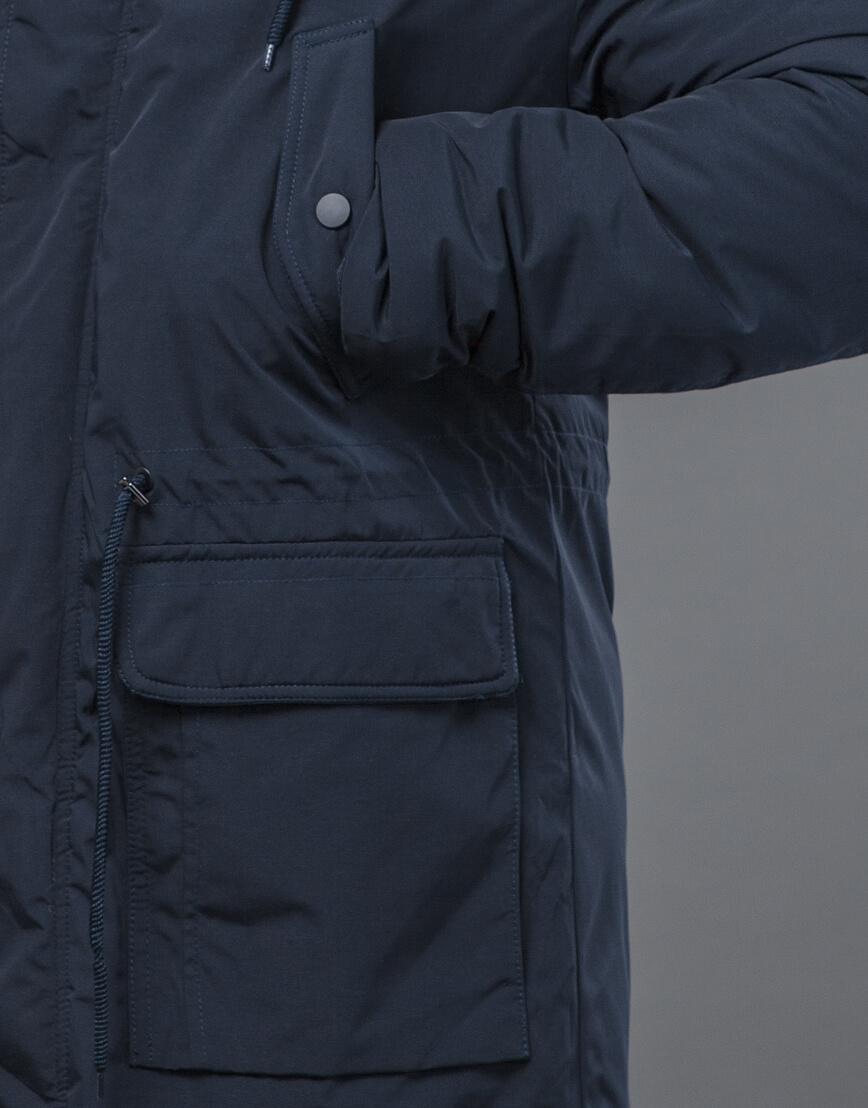 Современная зимняя парка темно-синяя модель 58406 оптом