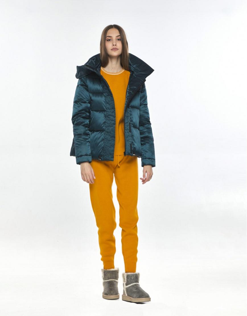 Куртка модная женская Vivacana зелёная весенняя 9742/21 фото 2