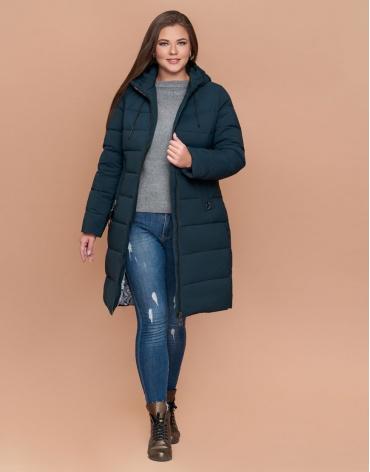 Стильная женская зимняя куртка большого размера темно-зеленая модель 25095