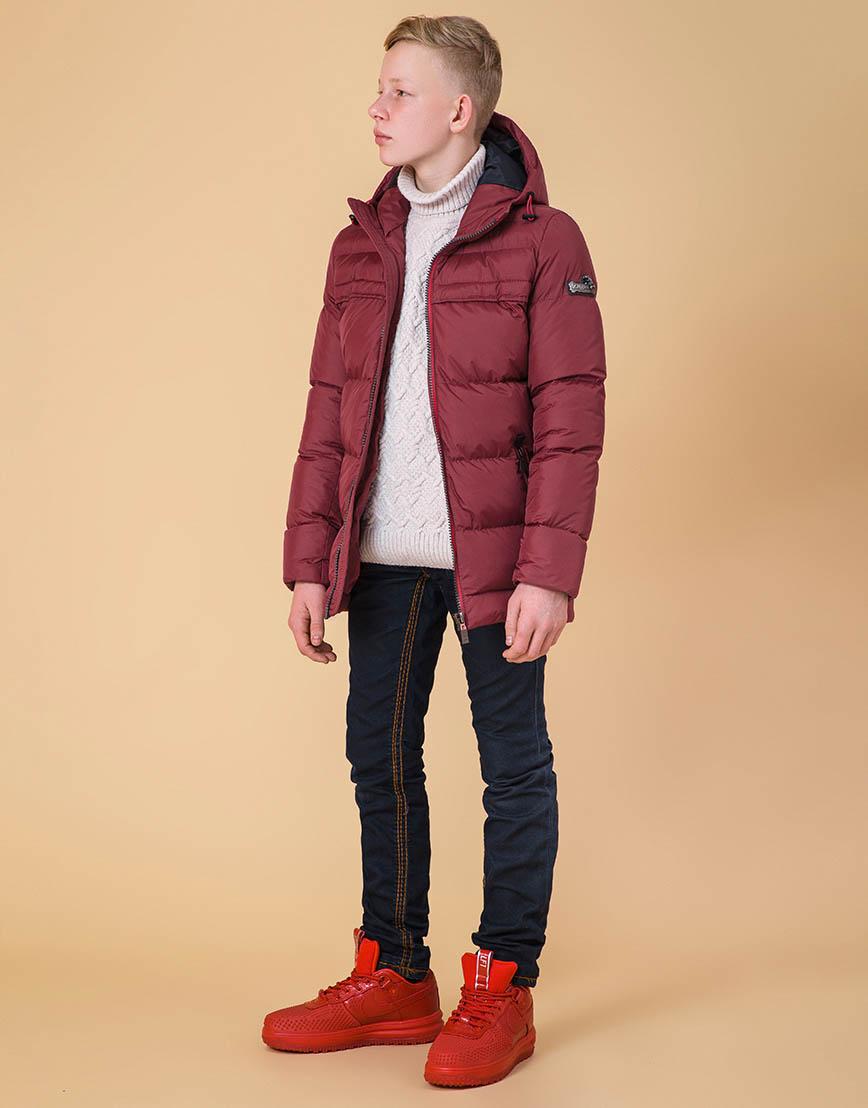 Детская практичная куртка цвет бордово-красный модель 65122 оптом