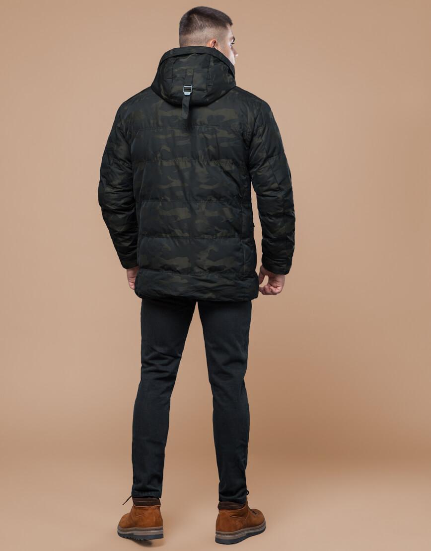 Темно-зеленая дизайнерская куртка зимняя удобная модель 25140 фото 4