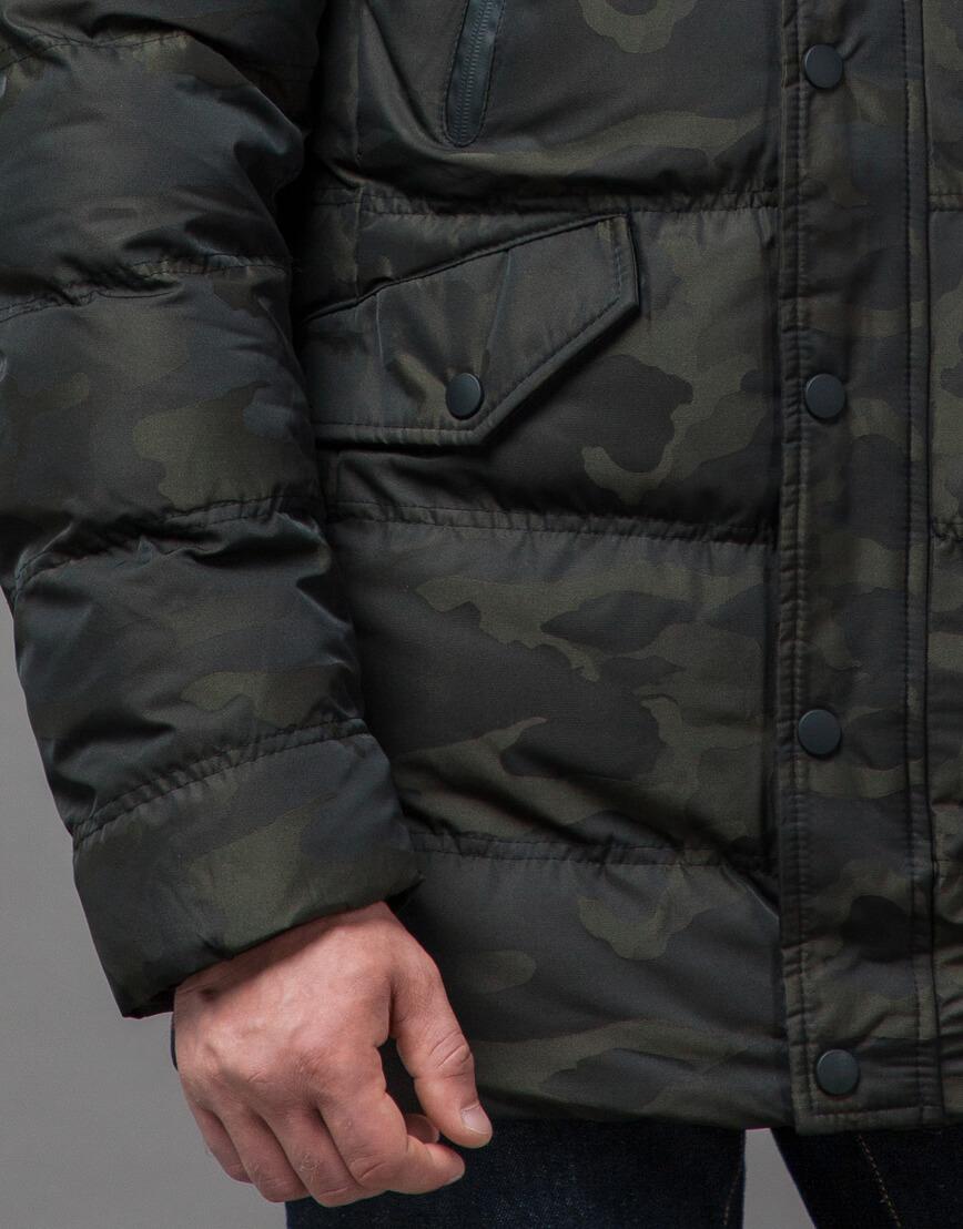 Дизайнерская темно-зеленая куртка на зиму модель 76029 оптом фото 6
