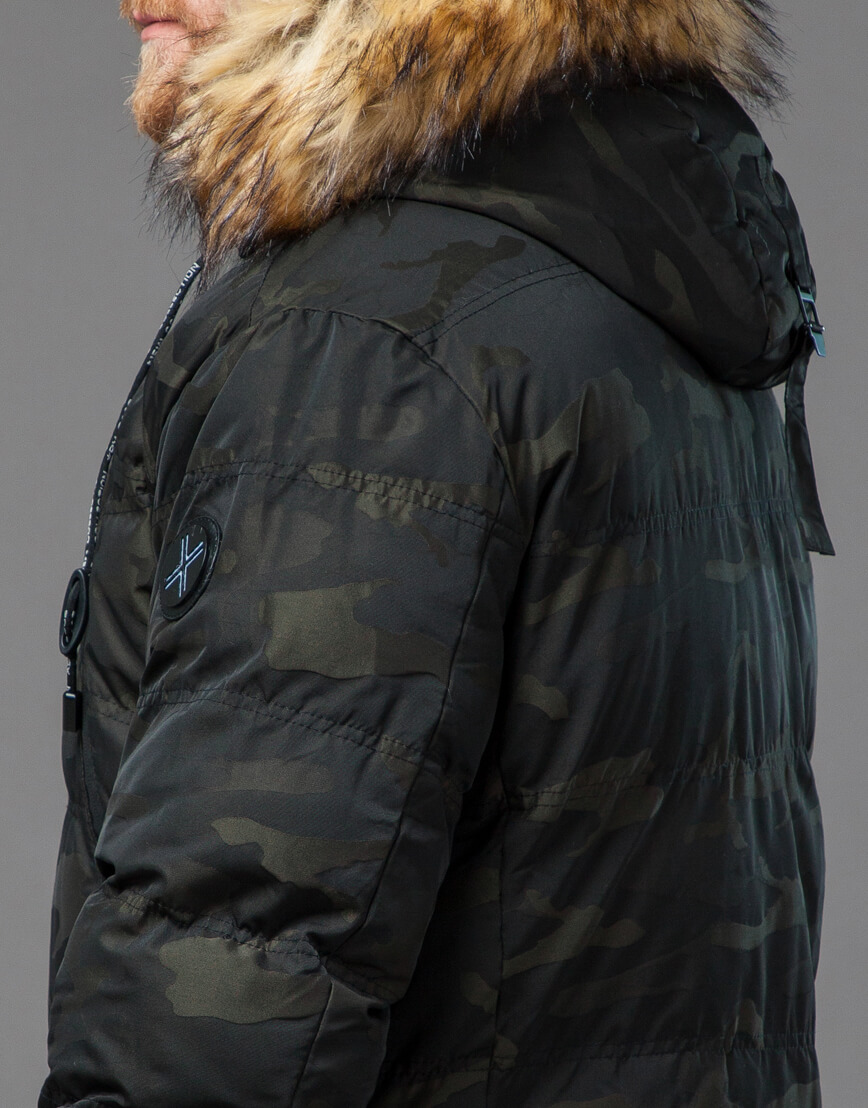 Дизайнерская темно-зеленая куртка теплая модель 76029 фото 7
