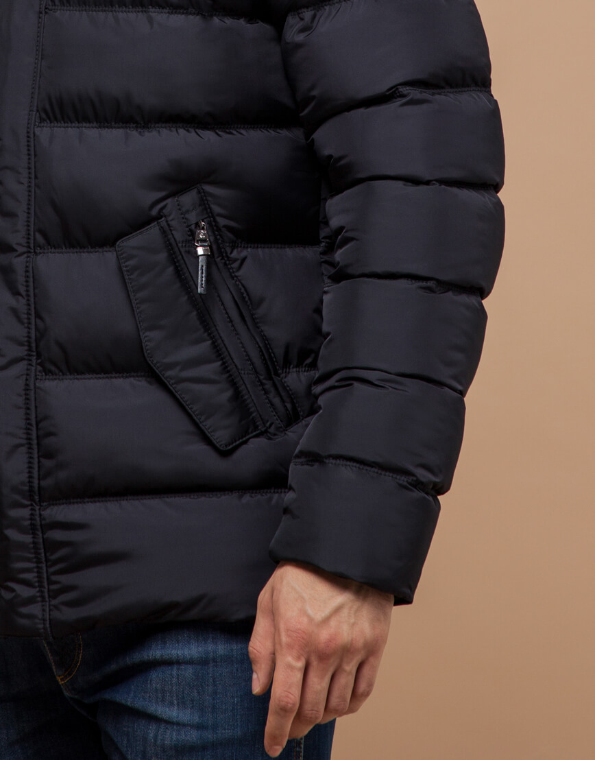 Черная куртка с капюшоном комфортная модель 20180 фото 5