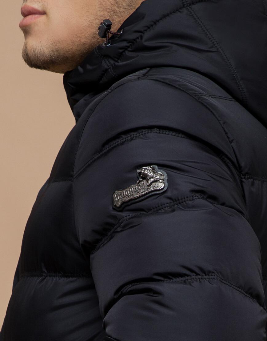 Черная куртка с капюшоном комфортная модель 20180 фото 6