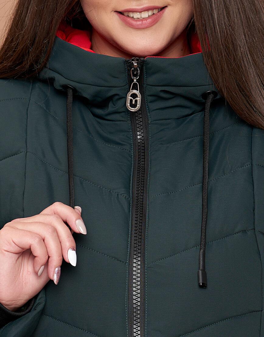 Куртка зимняя большого размера женская темно-зеленая с капюшоном модель 25695