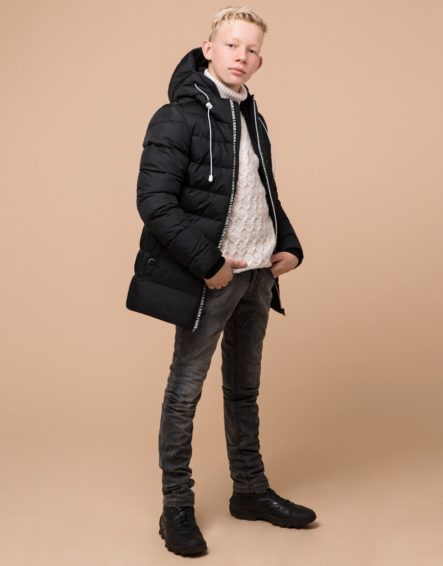 Черная детская куртка модного дизайна модель 65028 фото 3