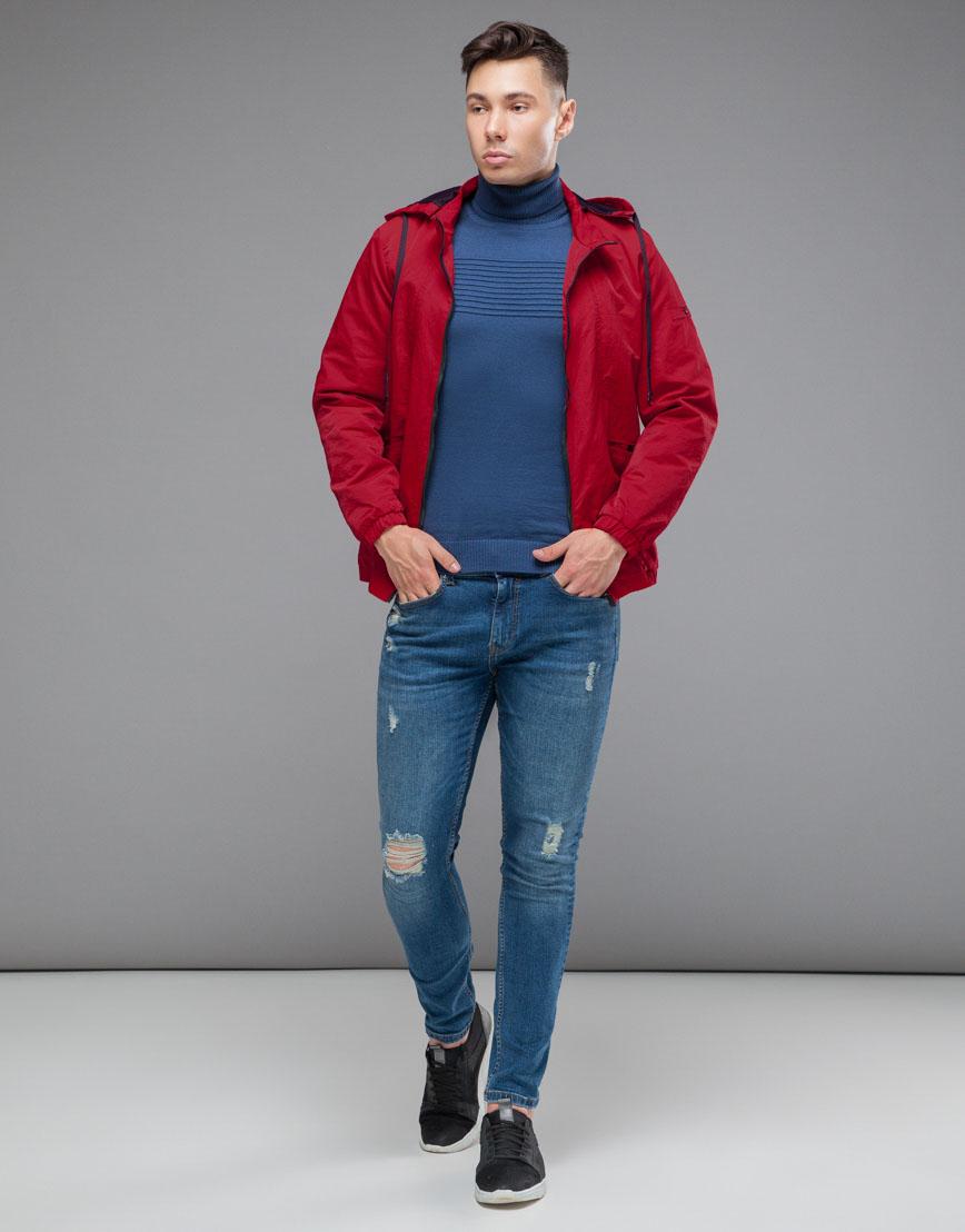 Красная ветровка осенне-весенняя с капюшоном модель 38399