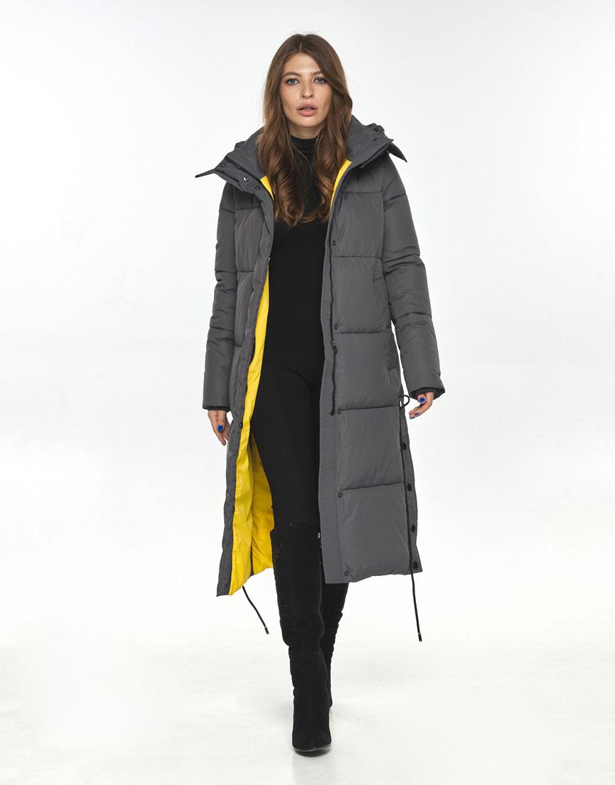 Длинная куртка серая женская Ajento комфортная 23160 фото 2