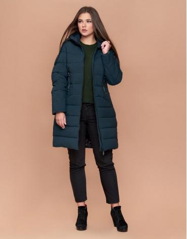 Куртка зимняя большого размера женская утепленная темно-зеленая модель 25275