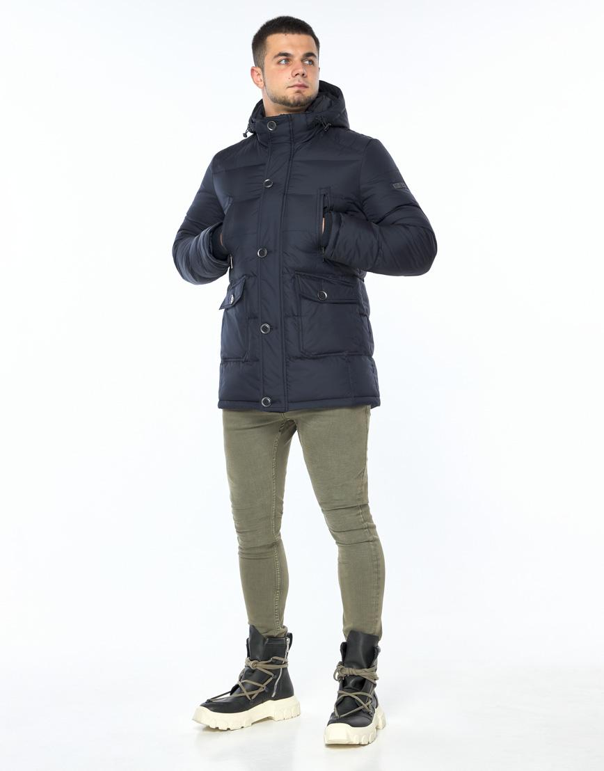 Темно-синяя куртка зимняя удобного фасона модель 24750 фото 3