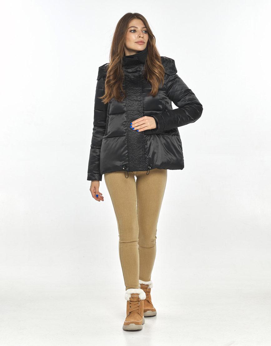 Чёрная короткая куртка женская Ajento комфортная 23952 фото 1