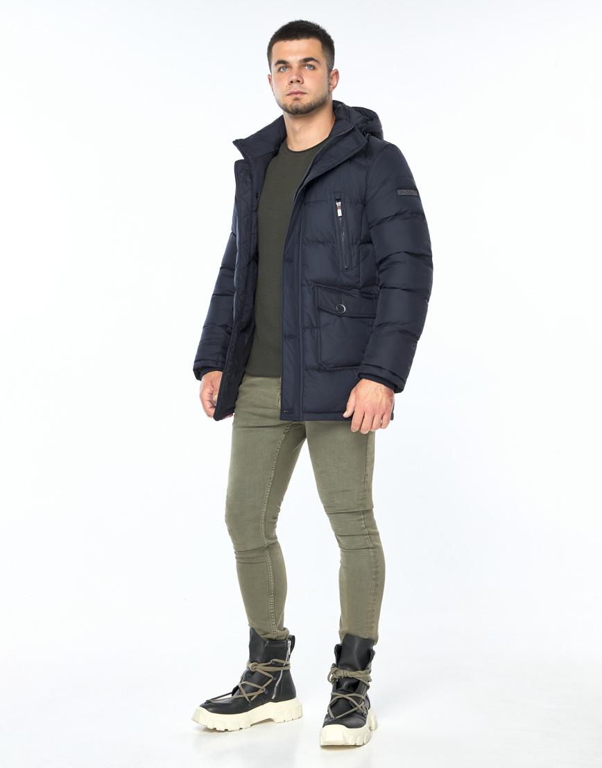 Темно-синяя куртка зимняя удобного фасона модель 24750 фото 2