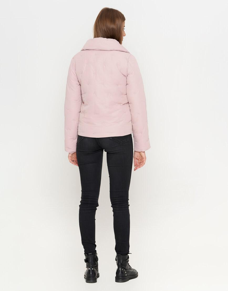 Осенне-весенняя современная женская куртка цвета пудры модель 25062