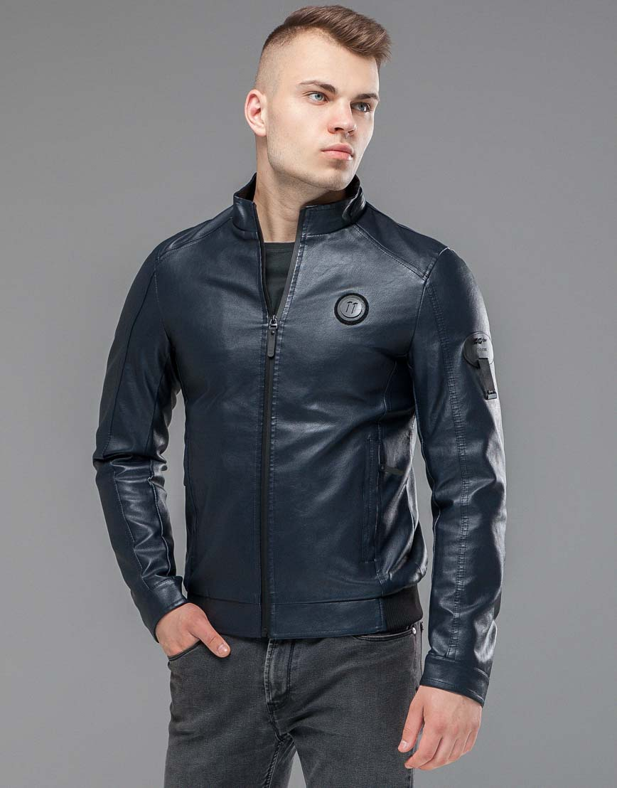 Осенне-весенняя темно-синяя куртка комфортная модель 43663 оптом фото 1