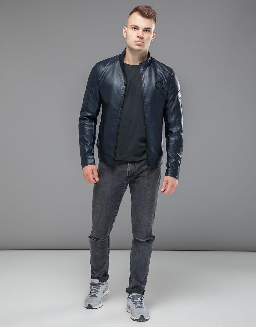 Осенне-весенняя темно-синяя куртка комфортная модель 43663 оптом фото 2