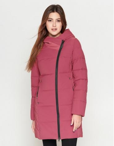 Молодежная женская розовая приталенная куртка модель 25085