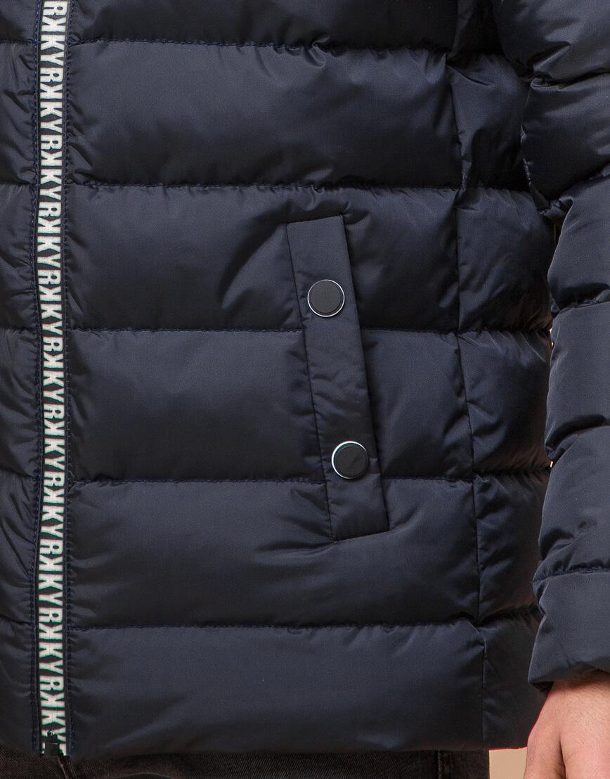 Подростковая сине-черная куртка стильного дизайна модель 76025 оптом