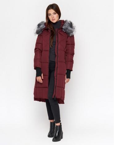 Бордовая куртка с поясом женская модель 18013